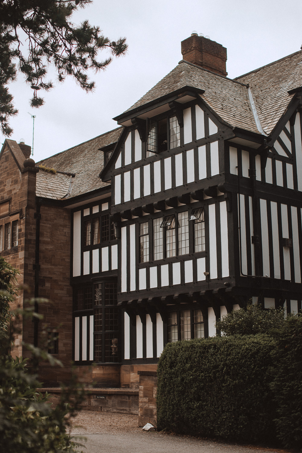 The front of Inglewood Manor, Cheshire